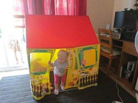 Retro játék sátor